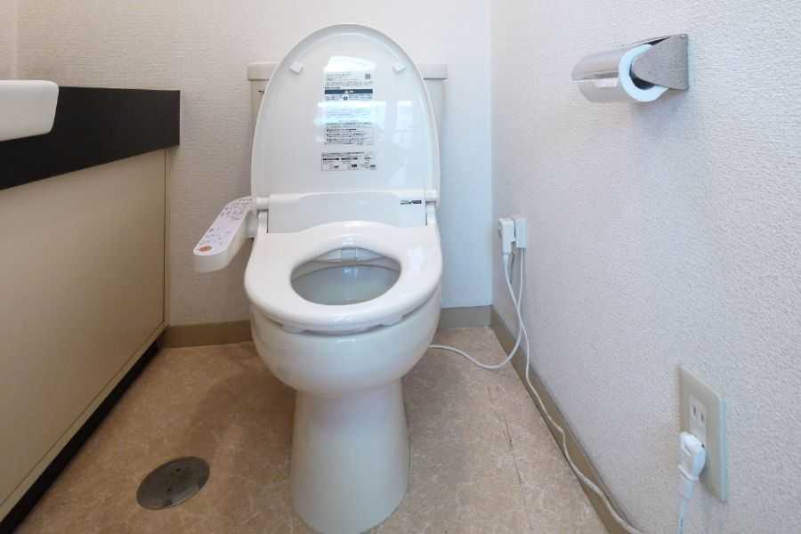 今ではほとんどの賃貸マンションに温水洗浄便座が装備されています