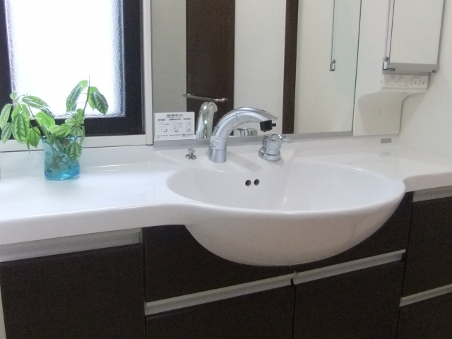 洗面所の洗面台